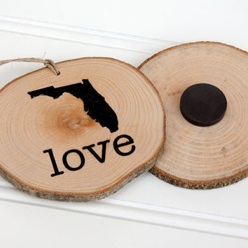 Florida Love state shape Maple wood slice ornament or magnet Set of 4.  Wedding favor, Bridal Shower, Country Chic, Rustic, Valentine Gift