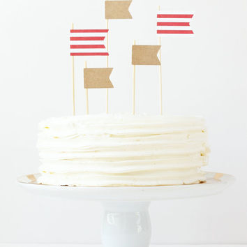 Cake Toppers Nautical Birthday Cake Boy Baby Shower Kraft Paper Flag Topper Stripe Pennants Red White Party Supplies Circus Party / Set of 5
