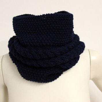 Navy Wool Snood, Dark Blue Cowl, Knit Infinity Scarf, Wool Neck Warmer, Navy Chunky Cowl, Knit Neck Warmer,Hand Knitted Cowl,Eternity Scarf