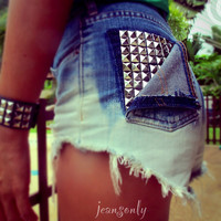 Vintage high waisted denim shortsstudded ombre cut by Jeansonly