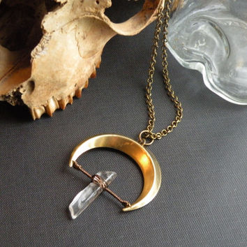 Crescent moon Necklace // Brass crescent and QUARTZ point // Raw STONE Jewelry // Mystic MOON Goddess Magick Dark Gypsy Goth