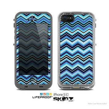 The Navy Blue Thin Lined Chevron Pattern V2 Skin for the Apple iPhone 5c LifeProof Case
