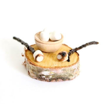 Miniature Food Toasted Marshmallows Dollhouse Fairy Garden Camping Accessories
