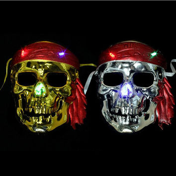 Creative Lighting Pirate Mask Flashing Skull Masks Kids Toys Cosplay Props Halloween Dance Party Supplies