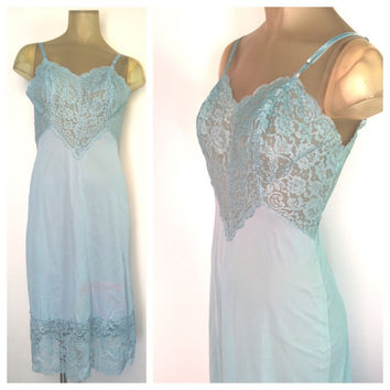 Vintage Lingerie Blue Lace Slip blue vintage slip Vanity Fair Full Slip Adjustable Straps Blue Nightgown Vintage Negligee 34C 34D blue slip