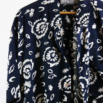 SALE - Retro 90s Navy Blue White Floral Tropical Print Hawaiian Shirt - Mens Size Large