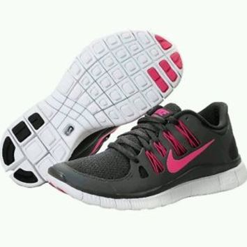 NIB K Womens Nike Free 5.0+ Running Shoes 580591-060 Sz 9.5 Dark Grey, Pink DS