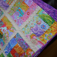 Single bed Patchwork Quilt. Child's quilted lap quilt, Bright and uplifting Throw, Bedlinen