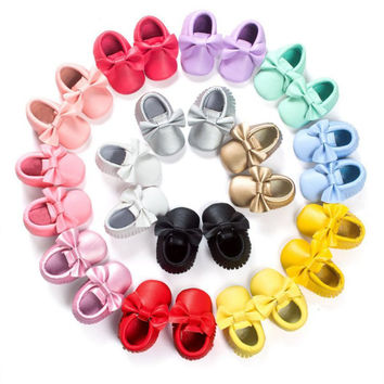 Handmade Soft Bottom Fashion Tassels Baby Moccasin Newborn Babies Shoes 18-colors PU leather Prewalkers Boots