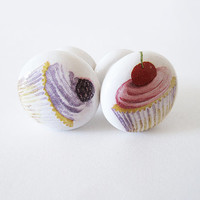 Cute Cupcakes Knobs. Wooden Kitchen drawer pulls. Muffins Kitchen Decor. Set of 4 Childrens room knobs. Decoupage Funny Pull Knobs.