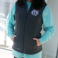 Fitted Monogrammed Eddie Bauer Fleece Vest font shown MASTER CIRCLE
