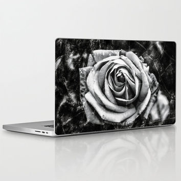 "Laptop SKIN for MacBook Air/ Pro/ Retina 11"" 13"" 15"" 17"" and PC Laptops 13""15""17"" - Frozen Rose - Black and White - Designer Laptop Skins"