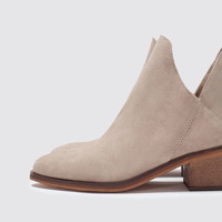 FLAT HIDE ANKLE BOOT New
