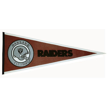 Oakland Raiders NFL Pigskin Traditions Pennant (13x32)