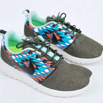 Custom Hand Painted Nike Roshe Run - from bstreetshoes.com a1592216311b