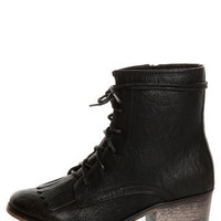 Pisa 25 Black Kiltie Lace-Up Ankle Boots - $36.00