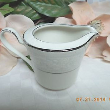 Noritake white China Dinnerware Japan  #Trudy pattern#7087 Creamer