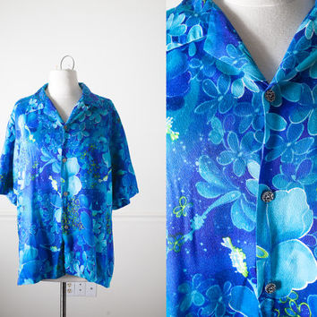 1960s Waltah Clarke HAWAIIAN Shirt | Psychedelic 60s Button Down Floral Print Tropical Print Boho Chic Swim Cover Up Mod Unisex Mens Shirt