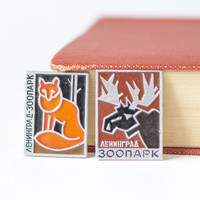 Vintage Soviet pin animals in Zoo, badges in cyrillic fox deer\elk, fun teen kids pins USSR, black brown orange shades pins, set of 2 pins