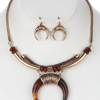 Brown Crescent Shaped Lucite Horn Pendant Necklace And Earring Set