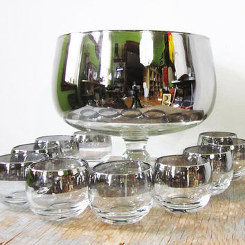 vintage silver roly poly punch bowl set / 1960s mad men glasses / dorothy thorpe roly poly cocktail glasses / mid century barware