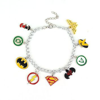 Fashion Marvel Movie The Avengers Superhero Batman Superman the Flash Harley Quinn Wonder Women Bracelet Wristlet Bangle