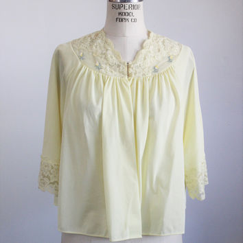 Vintage 1960s Yellow Bed Jacket