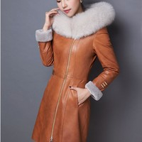 Mianyang fur coat new winter leather jacket plus velvet warm Korean hooded motorcycle jacket casual women's fur one leather jack
