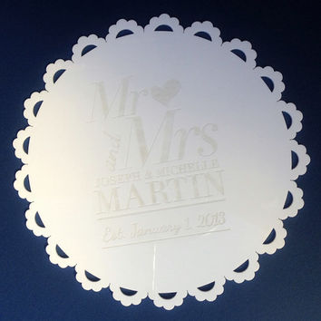 Personalise your cake boards, cutting board, family name, engraved kitchen house gift, anniversary gift, perfect for a wedding gift!