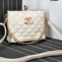 Chanel Fahion Bag Diamond Top  Chain&Pu Chain Shoulder Women Shopping Bag B-OM-NBPF White