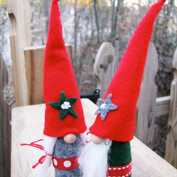 Gnome Couple Edelweiss , Wedding Cake Toppers, CUSTOM ORDERS available. Handmade by studioLISE.