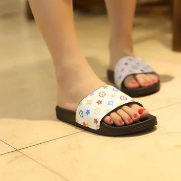Design Stylish Slippers Summer Flat Anti-skid Korean Sandals [11884975507]