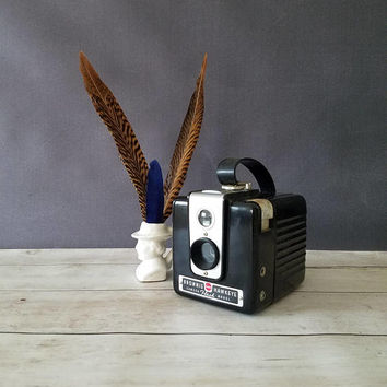 Vintage Brownie Hawkeye camera/ Vintage Camera/ Gift for Photographer/ Hawkeye/ Gift for him/ Kodak/ Antique Camera