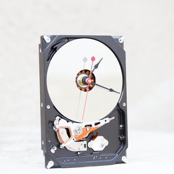 Desk clock from a recycled Computer hard drive - HDD clock - ready to ship - c0554