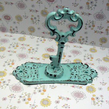 Shabby Chic Door Back Plate Skeleton Key Hook Jewelry Holder Curtain Tie Back Light Beach Blue Towel Holder French Decor Paris Cottage Chic