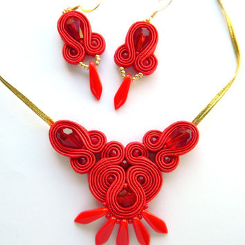 Red boho chic jewelry, red dangle earrings, red necklace, boho chic necklace, red chunky necklace, soutache embroidered jewelry