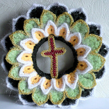 Christmas Wreath Crocheted  Green Yellow Light Green