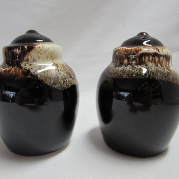 Vintage Pfaltzgraff Brown Drip Gourmet Salt and Pepper Shakers