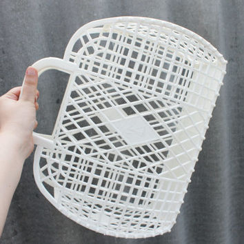Vintage white basket -Go shopping - Made in USSR - Soviet vintage