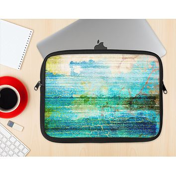 The Faded and Cracked Green Paint Ink-Fuzed NeoPrene MacBook Laptop Sleeve