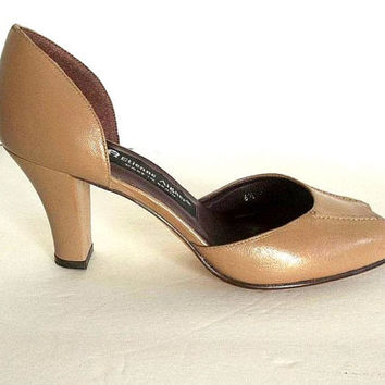 Vintage Etienne Aigner leather high heel shoes, Tan Camel leather Aigner pumps size 6.5 M peep toe, open toe cut out heels Spain never worn