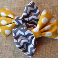 Mustard and grey bow perfect for any age