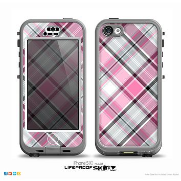 The Black and Pink Wavy Surface Skin for the iPhone 5c nüüd LifeProof Case