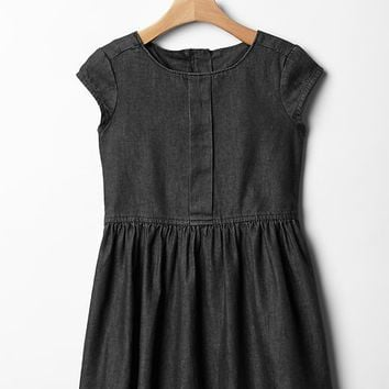 Box Pleat Chambray Dress