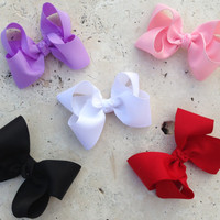 BLACK FRIDAY SALE 25% off - Set of 5 Simple Everyday Twisted Boutique Hair Bows - White, Lilace, Pink, Black, Red, Gifts under 5