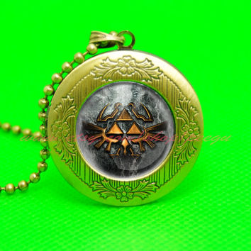 legend of Zelda necklace locket , legend of Zelda pendant, legend of zelda jewelry