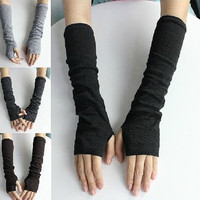 'Neko Ninja' Wool arm warmer gloves