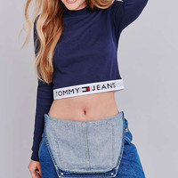 UO Exclusive Tommy Jeans Banded Navy Long Sleeve Cropped Top - Urban Outfitters