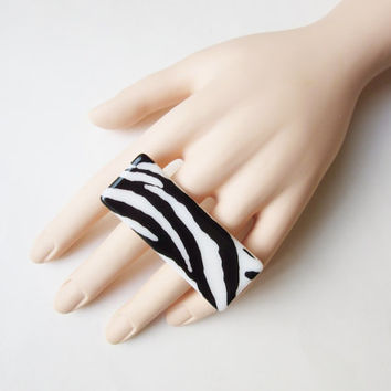 Zebra Stripe Two Finger Ring, Animal Print Double Finger Fused Glass Ring, Adjustable Statement Ring, Zebra Print Jewelry, Big Bold Ring