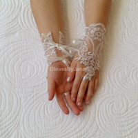 Flower girl ivory silver frame lace gloves wedding bridal gloves french lace for princess wedding gloves lace